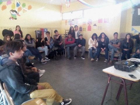 """Jóvenes se reúnen para concluir exitoso """"Programa Jóvenes Líderes Calama"""""""