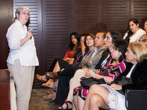 Directivos de Mejillones y San Pedro de Atacama culminan diplomado sobre articulación