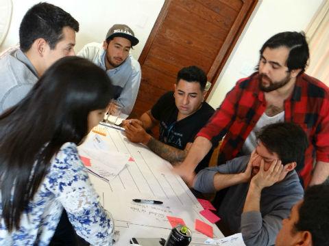 Jóvenes ya preparan sus proyectos sociales para probar con la comunidad