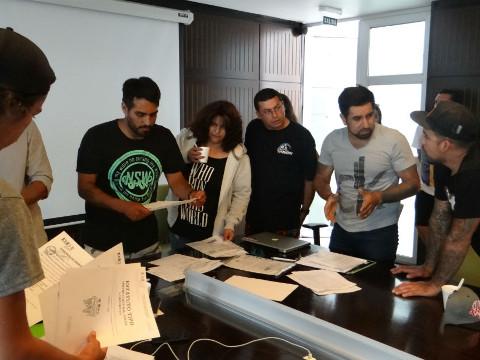 Jóvenes conforman la Federación Deportiva Chilena de Bodyboard