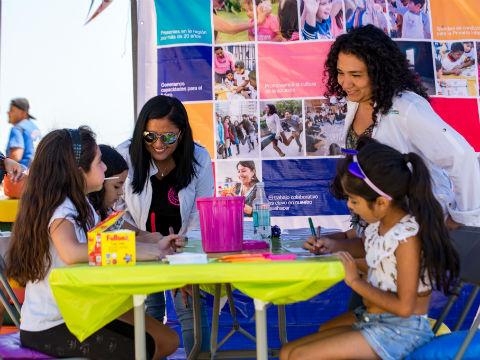 Encuentro de Participación Juvenil encantó a niños y familias de Tocopilla