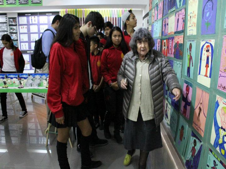 Más de 2 mil personas visitaron exposición de los 30 años de trabajo de Alicia Vega